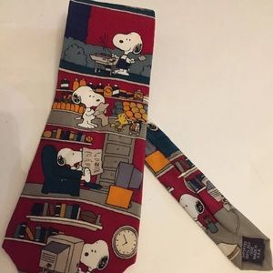 Snoopy Peanuts Gang Novelty NeckTie 100% silk